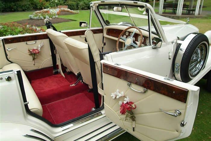 coche clásico nupcial